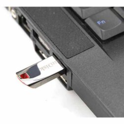 فلش سن دیسک مدل Cruzer Force USB FLASH DRIVE ظرفیت ۳۲ گیگابایت